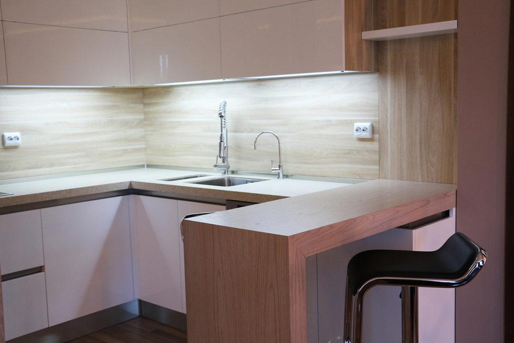 Кухня апартамент