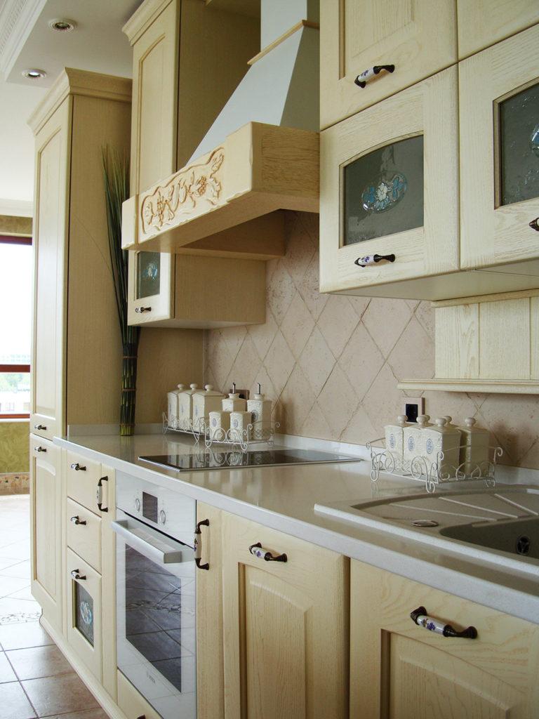 кухня златна котва